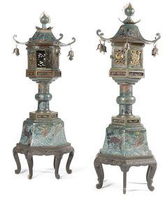 A pair of Chinese cloisonné enamel pagodas late Qing dynasty, circa 1900