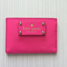 BNWT KATE SPADE Graham Wellesley card holder Brand new. Boarskin embossed leather. 14 carat light gold plated hardware. Three credit card/business card slots with open top slot for cash bill. Custom woven lining. The perfect essential for clutch or beach bag. Get it before it's gone!  100% Authentic! kate spade Accessories