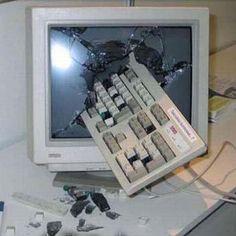 Imagem:Computador vandalo.jpg