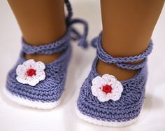 FREE CROCHET SHOE PATTERN - http://www.ravelry.com/projects/cataddict/happy-easter-egg-surprise-shoe-pattern