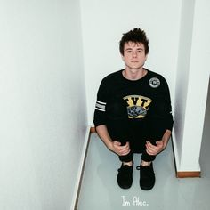 Alec Benjamin: Alec defiantly has a great talent. Not many artists can tell a story in a song the way he does. Go check him out