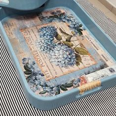 564 × 563 pixels - paint and art Decoupage Box, Decoupage Vintage, Bird Feeder Craft, Diy Holz, Vintage Embroidery, Embroidery Patterns, Painting On Wood, How To Dry Basil, Diy And Crafts