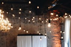 Set the Mood with These Exposed Bulb Lighting Designs Hanging pendant exposed bulb Edison lights Edison Lighting, Pendant Lighting, Pendant Lamps, Hanging Ceiling Lights, String Lights, Church Stage Design, Light Installation, Green Building, Lighting Design