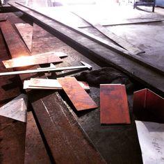 ตัด พับ แผ่นทองแดง รับแผ่นโลหะืุกชนิดครับผม #vhmetalswork #steel http://evpo.st/1xNPiLs
