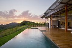 Casa Mecano has been designed by ROBLESARQ in the Osa Peninsula of Costa Rica.