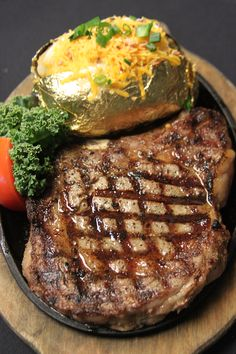 This place is awesome.  Food is very good and so worth the money.  Its expensive, but you get so much for the money. If your in the area stop in and try it, you wont be sorry you stopped.    Alamo Steakhouse And Saloon - Voted Best Steaks Five Years! Serving Angus steaks, prime rib, seafood, chicken.