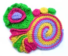 50 years of flower power - a freeform crochet and knit artwork: the final contributions