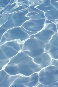 water ripples close up texture Of Wallpaper, Wallpaper Backgrounds, Blue Water Wallpaper, Iphone Wallpapers, Image Bleu, Textures Patterns, Aesthetic Wallpapers, Colours, Prints