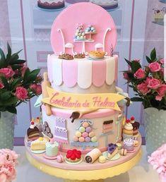 How rich in the details! Via Dentrodafesta Cake Inspiration with theme confi .- Quanta riqueza nos detalhes! Via Dentrodafesta Bolo inspiração com tema confei… How rich in the details! Via Dentrodafesta Cake … - Pretty Cakes, Cute Cakes, Beautiful Cakes, Amazing Cakes, Crazy Cakes, Fancy Cakes, Fondant Cakes, Cupcake Cakes, Chef Cake