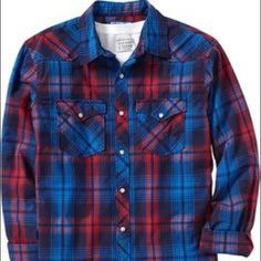 Old Navy Western plaid button down shirt NEW This is a brand new men's Western style button down from Old Navy. The colors are bright and vibrant and it has handsome snap buttons with Western details. It's never been worn but the tags are off. Old Navy Tops Button Down Shirts