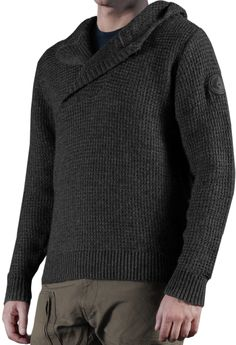 The chunky structured knit sweater is made of a fine wool blend and acrylic fibres for a soft hand-feel and outstanding fabric-stability. The overlapping hood and asymmetric collar opening add a rugged and futuristic look. The collar strap-closure comes s Hooded Sweater, Men Sweater, Halo Collection, Hoodie Brands, Hunting Clothes, Hoodies, Sweatshirts, Wool Blend, Personal Style