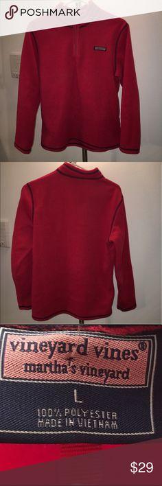 🎊HOST PICK🎊 Boys 1/4 zip Vineyard Vines pullover Boys size large vineyard vines 1/4 zip. In great condition, very clean. Vineyard Vines Shirts & Tops Sweatshirts & Hoodies
