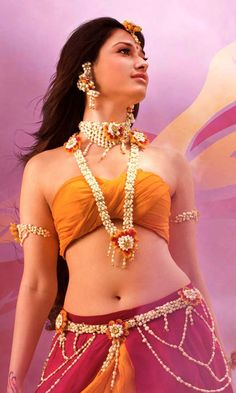 Bollywood Celebrity Wallpapers | Tamanna Avantika Bahubali Wallpapers http://www.fabuloussavers.com/Tamanna_Avantika_Bahubali_freecomputerdesktopwallpaper.shtml