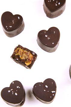 Raw Salted Caramel Chocolates @ wallflowergirl.co.uk