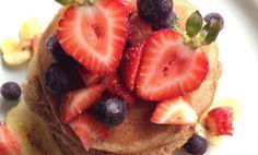 Bokhvete protein-pannekaker  6 stk. Totalt:  348 kalorier, 9,9 g fett, 35,8 g karbohydrat og 29,3 g protein.