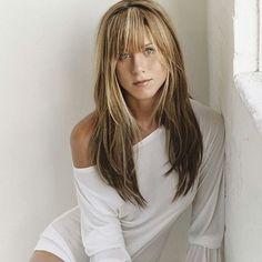 About Jennifer Love Hewitt Jennifer Aniston Style, Jennifer Love Hewitt, Jennifer Aniston Pictures, Most Beautiful Women, Simply Beautiful, Brad And Jen, John Aniston, Jeniffer Aniston, Hair Beauty