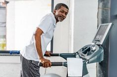 Exercises for a healthy prostate Healthy Lifestyle Changes, Healthy Lifestyle Motivation, Benefits Of Exercise, Do Exercise, Benign Prostatic Hyperplasia, Reduce Body Fat, Strength Training Workouts, Self Improvement Tips, Best Diets