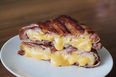 This bacon-wrapped grilled cheese sandwich will forever change you. This Bacon-Wrapped Grilled Cheese Will Actually Change You Bacon Recipes, Cooking Recipes, Game Recipes, Sandwiches, Tasty, Yummy Food, Healthy Food, Eat Lunch, Buzzfeed Food