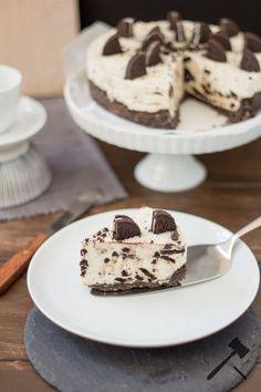 No-Bake Oreo Cheesecake - Knuspergeburtstagsgruß fürs Knusperstübchen   Law of Baking