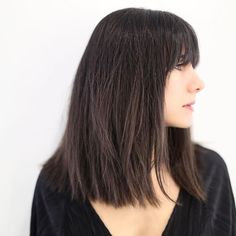 These fresh and modern chops will work for any hair type and texture, and the AstroTwins have expertly matched them to the proper signs. Sleek Hairstyles, Long Bob Hairstyles, Haircuts, Curly Hair Cuts, Curly Hair Styles, Top Stylist, Shiny Hair, Gorgeous Hair, Hair Type