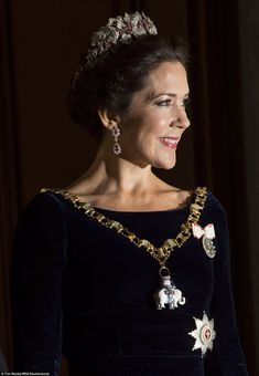 Princess Mary of Denmark celebrates New Year at Copenhagen palace's annual banquet | Daily Mail Online