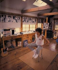 The Fascinating Workspaces Of Bob Dylan & Other Famous People - DesignTAXI.com