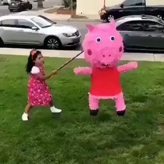 I love these types of videos lmaoCr meme memes Super Funny Videos, Funny Video Memes, Crazy Funny Memes, Funny Short Videos, Really Funny Memes, Stupid Funny Memes, Funny Laugh, Funny Relatable Memes, Super Funny Pics
