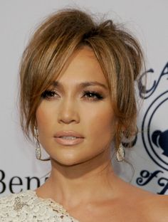The Everlasting Beauty Of JLo On The Red Carpet