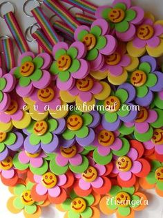 Hobbies And Crafts, Diy And Crafts, Arts And Crafts, Foam Crafts, Paper Crafts, Diy For Kids, Crafts For Kids, Jw Gifts, Pencil Toppers