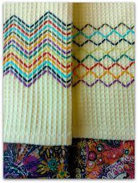 Resultado de imagen para vohvelikirjonta malleja Free Swedish Weaving Patterns, Free Hand Designs, Swedish Embroidery, Monks Cloth, Running Stitch, Hand Embroidery Designs, Loom Patterns, Embroidery Techniques, Loom Beading