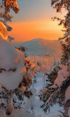 Winter Sunset, Winter Love, Winter Scenery, Fantasy Landscape, Winter Landscape, Photo Voyage, Winter Magic, Snow Scenes, Winter Beauty