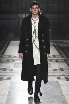 Défilé Alexander McQueen homme Automne-Hiver 2016-2017