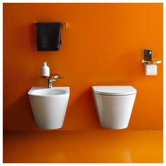 The Kartell Bidet Faucet is beautiful and high functioning. The flat top paired with slim handle adds a lot of character to any bidet set up. Laufen Bathroom, Bathroom Sets, Bathroom Fixtures, Modern Bathroom, Deco Orange, Toilette Design, Orange Bathrooms, Bidet, Wc Sitz