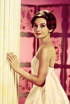 Audrey Hepburn. La vie en rose #PiagetRose @Piaget Huewe Huewe
