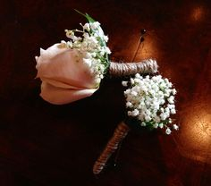 Sandstone rose boutonnière for the best man and tufts of baby's breath wrapped with twine.  All inBloom Flowers, Columbus OH