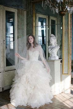 Sareh Nouri wedding dress - The Sawyer Gown | Millie Batista Photography | see more on: http://burnettsboards.com/2014/05/exclusive-sawyer-gown/