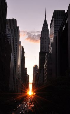 Manhattanhenge. July 12, 2009