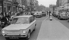 Westmorland st 1966 -- Hillman Dublin Street, Dublin City, Old Pictures, Old Photos, Photo Engraving, Buses, Asparagus, Old School, 1960s