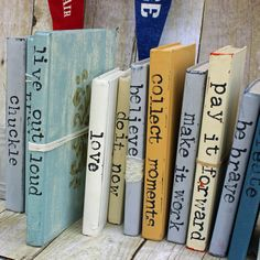 lebe-laute-buchkunst-aus/ delivers online tools that help you to stay in control of your personal information and protect your online privacy. Old Book Crafts, Paper Crafts, Old Books, Vintage Books, Book Projects, Craft Projects, Craft Ideas, Diy Ideas, Decor Ideas