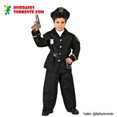 Todo niño debe tener su disfraz de policía en su infancia.