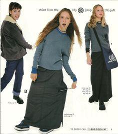 delia*s baggy cargo skirts fun late fashion trends 90s Teen Fashion, Early 2000s Fashion, Fashion Mag, Fashion Outfits, Fashion Trends, 90s Girl, Fashion Catalogue, Harajuku Fashion, Character Outfits