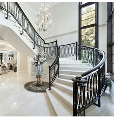 From chandeliers to wall sconces, discover the top 40 best foyer lighting ideas. Foyer Design, Entrance Design, Railing Design, Home Room Design, Dream Home Design, Staircase Design, Entrance Foyer, Entryway, Luxury Staircase