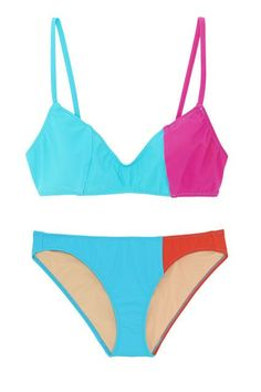 If awkward tan lines aren't your thing...Stick to classic silhouettes, like the the triangular top and standard-rise bikini brief. #refinery29 http://www.refinery29.com/bikini-shopping-tips#slide-6