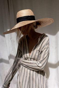 Korean Fashion Kpop, 80s Fashion, Look Fashion, Womens Fashion, Fashion Trends, Turbans, Leotard Fashion, Layered Fashion, Summer Wardrobe