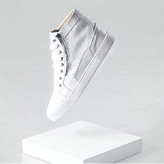 High Top Sneakers by @sixthjune #sixjune #raacks #mensfashion #menstyle #menswear #streetstyle #hightop #sneakers #footwear #kicks #leather #luxury #fashion #designers #fashionblog #socialnetwork #socialapp #mobilecommerce #raacksapp #raackscom