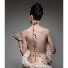 <3 <3 <3 Tatouage permanent (définitif) à Paris 10ème.  Grand tatouage.