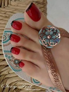 Nice toe length and wide nails. Red with black tips look great.