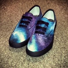 Totally wanna make these someday! Diy Galaxy Shoes, Galaxy Vans, Painted Sneakers, Painted Shoes, Cute Shoes, Me Too Shoes, My Little Pony Shoes, Hot Topic Shoes, Sharpie Shoes