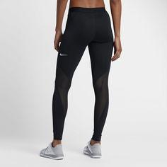 7896ef23aa1 Produkter udviklet til toppræstationer inden for konkurrence, træning og i  tilværelsen. Køb den nyeste innovation på Nike.com.