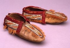 Pair of moccasins. Huron ca. 19th Century